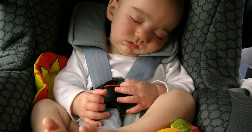Evenflo's new car seat is designed to help remember the baby in the car. Here's how it works.