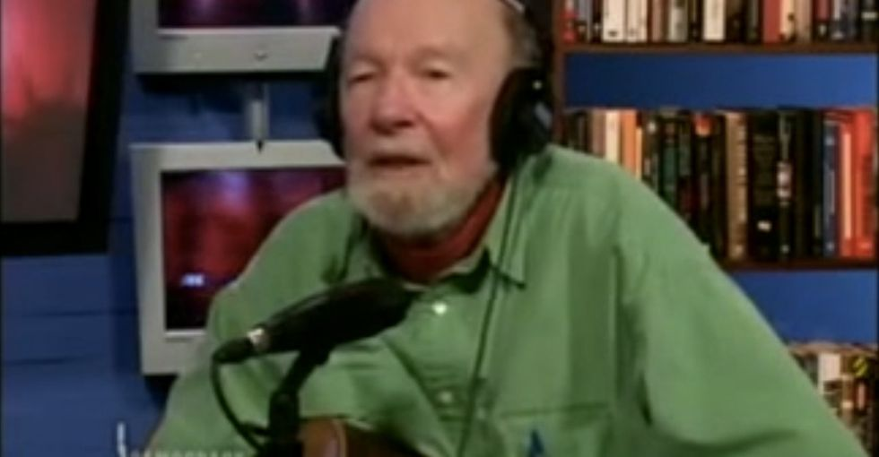 If I had a hammer, I'd nail this Pete Seeger interview to my wall.