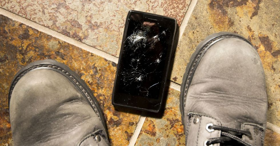 Are the guts of your cell phone hiding an illegal operation?