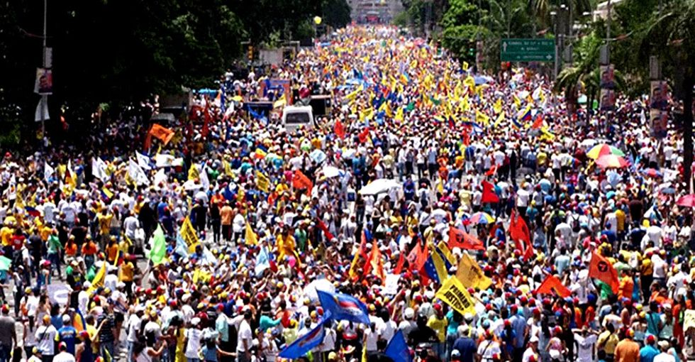A Haunting Email Exchange Between 2 Friends Tells You What Everyone Is Ignoring In Venezuela
