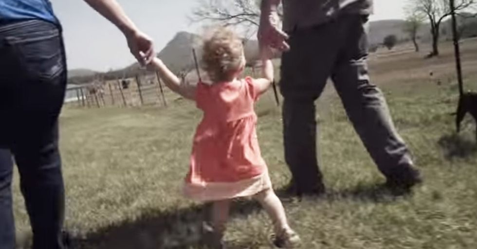 In 32 Seconds, 1 Dad, 3 Moms, And 1 Little Girl Show Us A Thing Or Two About Family Values