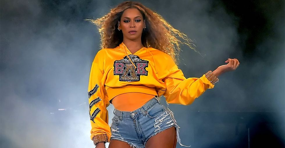 Beyoncé's badass Coachella performance honored HBCUs in a really dope way.