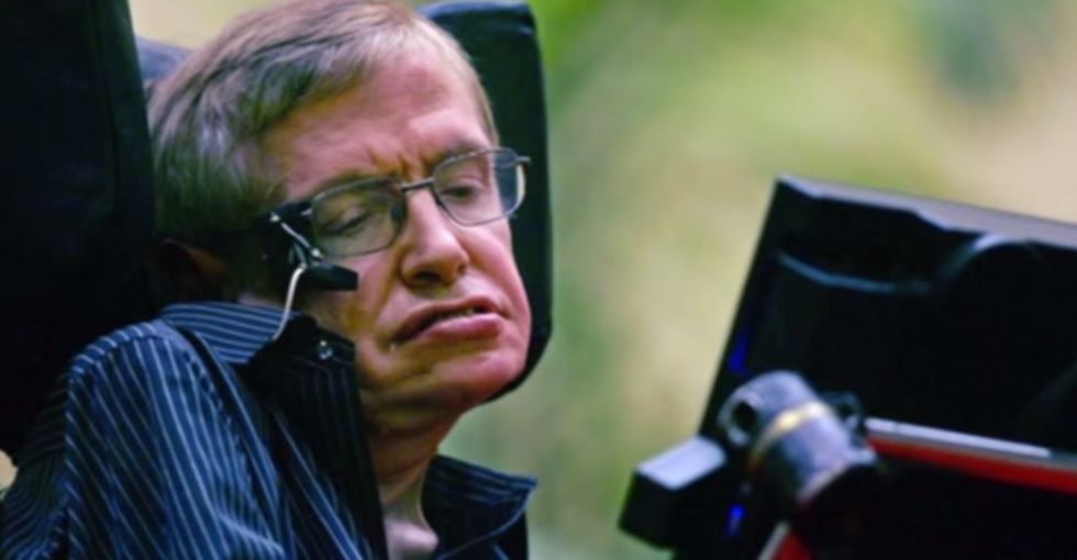 Stephen Hawking Is Terrified Of An Alien Invasion, And The Reason Makes Nothing But Sense