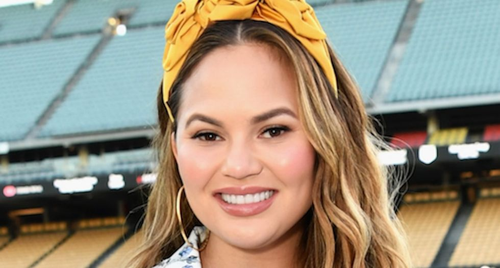 Chrissy Teigen got real about her new 'mom bod' in an honest Twitter post.