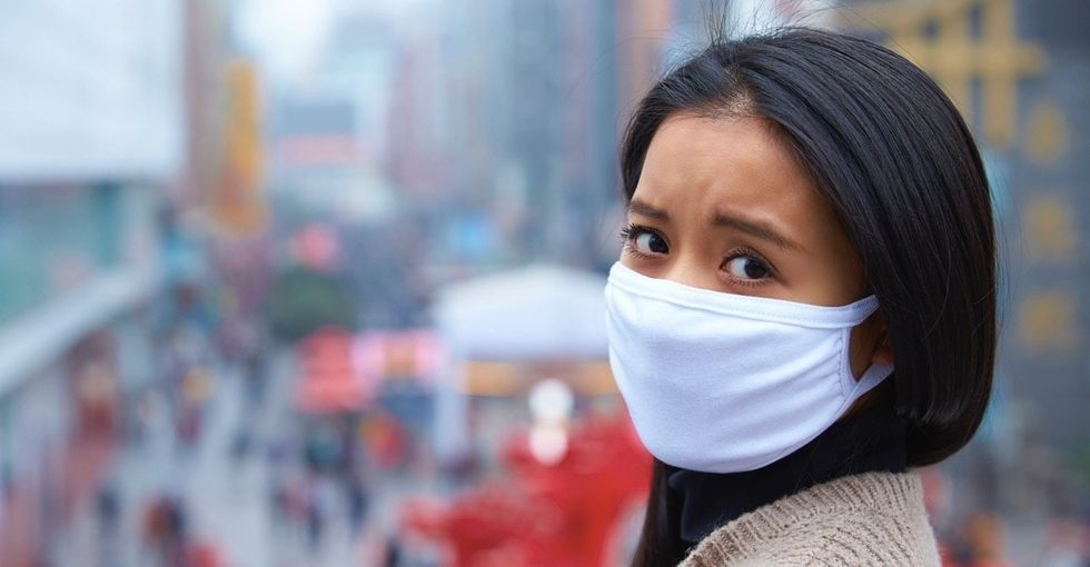 Take a deep breath and don't worry, we've got some top-shelf tips to avoid air pollution.
