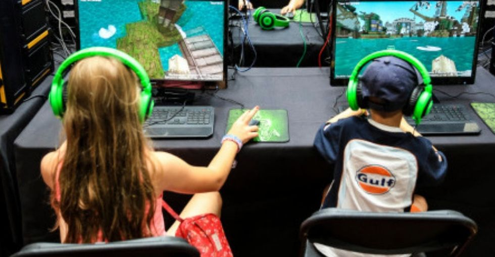 24 men—including a cop—were arrested for luring kids for sex using online games.