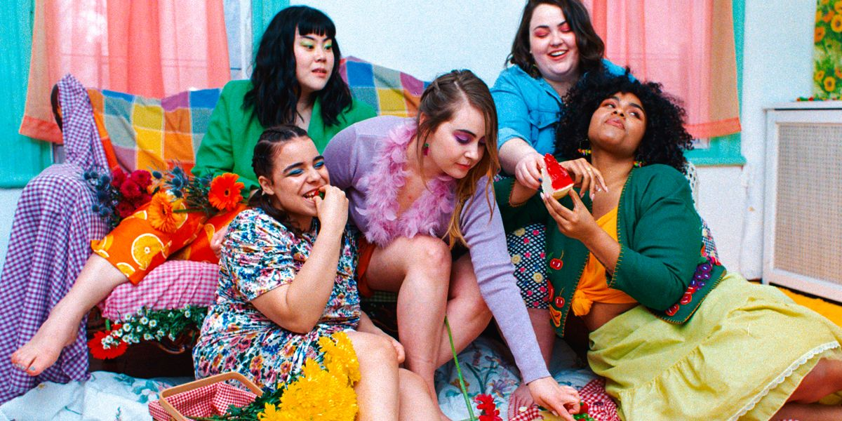 Meet Fruity Looms, The Vintage Shop Catering To Plus-Size Customers
