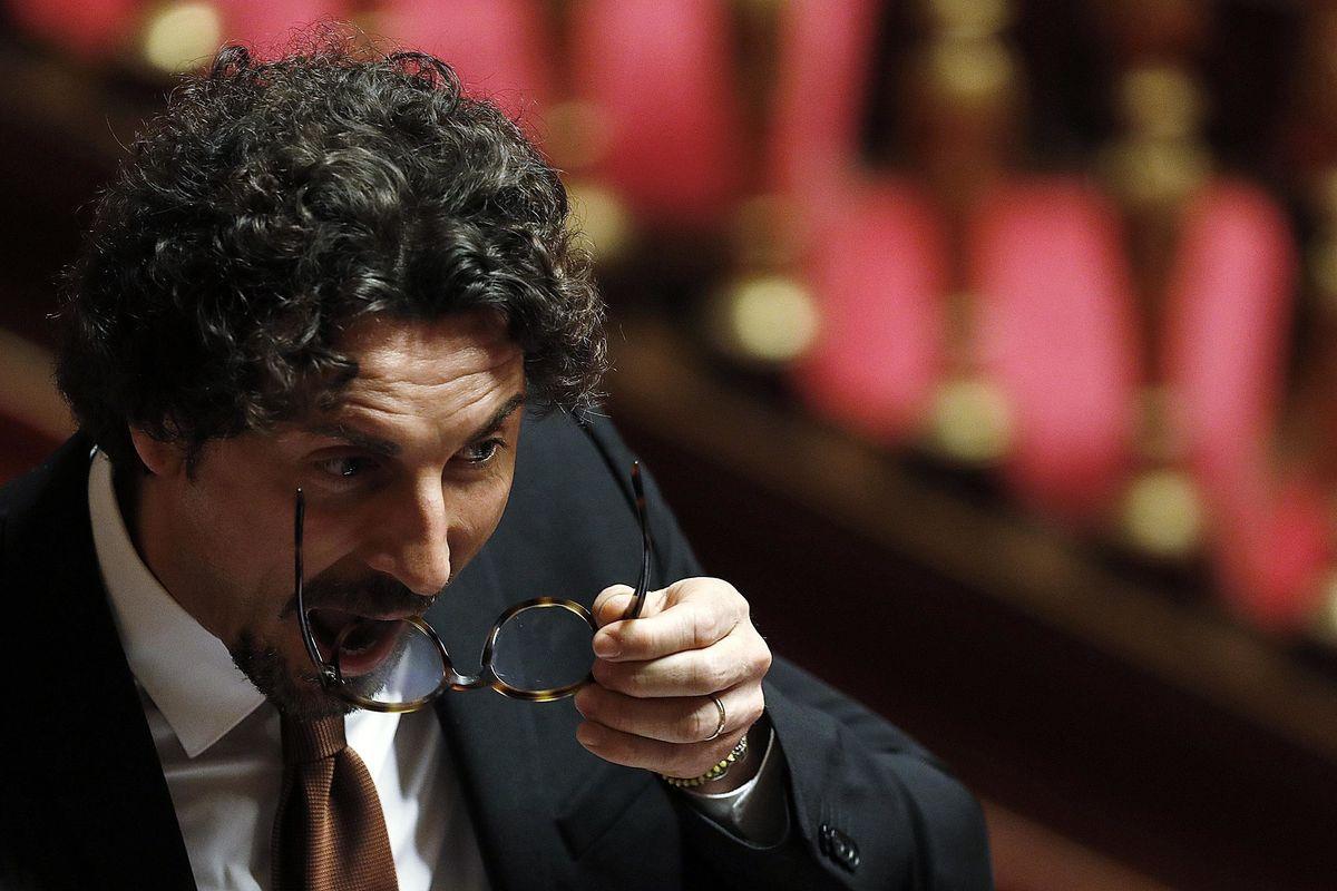 Il prestito ad Alitalia diventa eterno. Per Atlantia nozze più convenienti