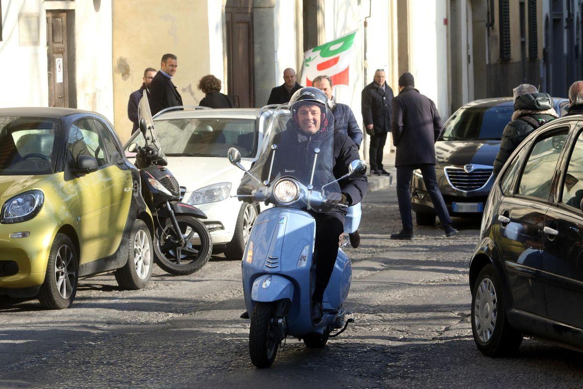 Paghiamo Renzi e lui gira il mondo (e fa soldi)
