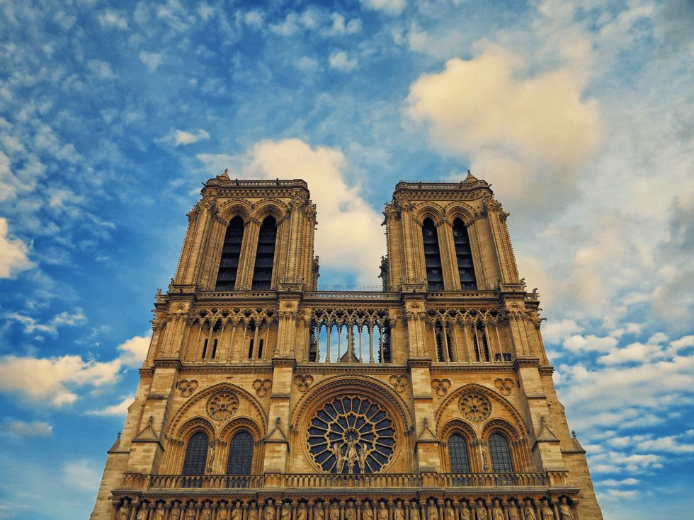 https://edition.cnn.com/2019/04/15/world/notre-dame-cathedral-fire/index.html