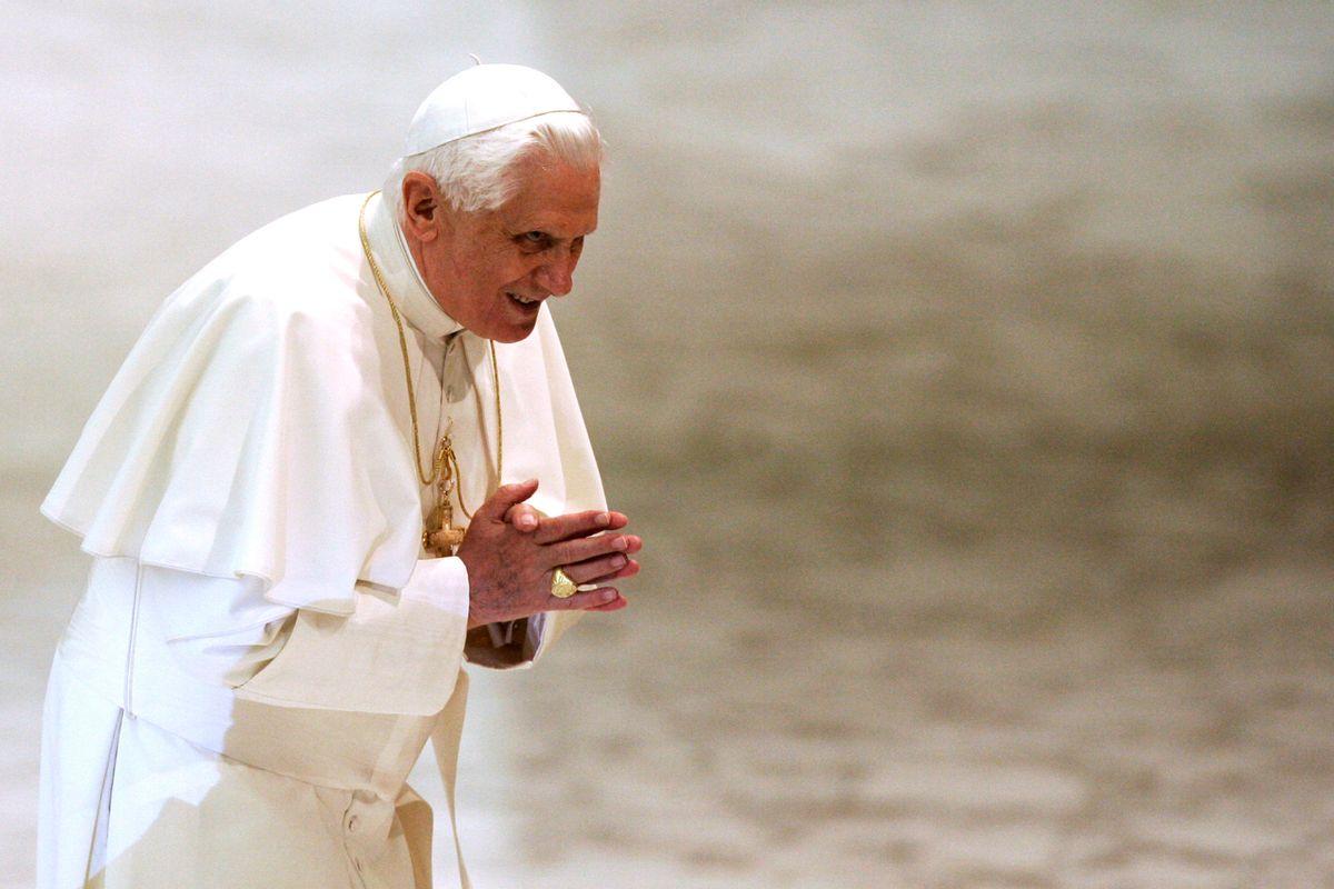 Benedetto XVI è ancora il bersaglio di chi disprezza la dottrina cattolica