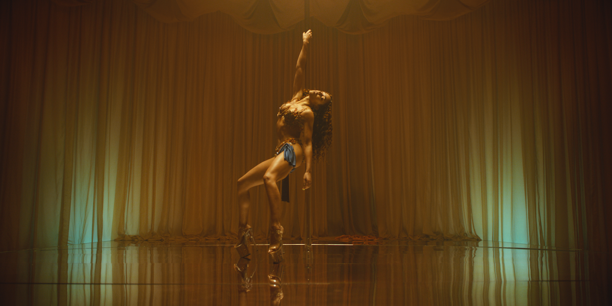 """FKA twigs Makes Her Grand Return Spinning On A Pole In """"Cellophane"""""""