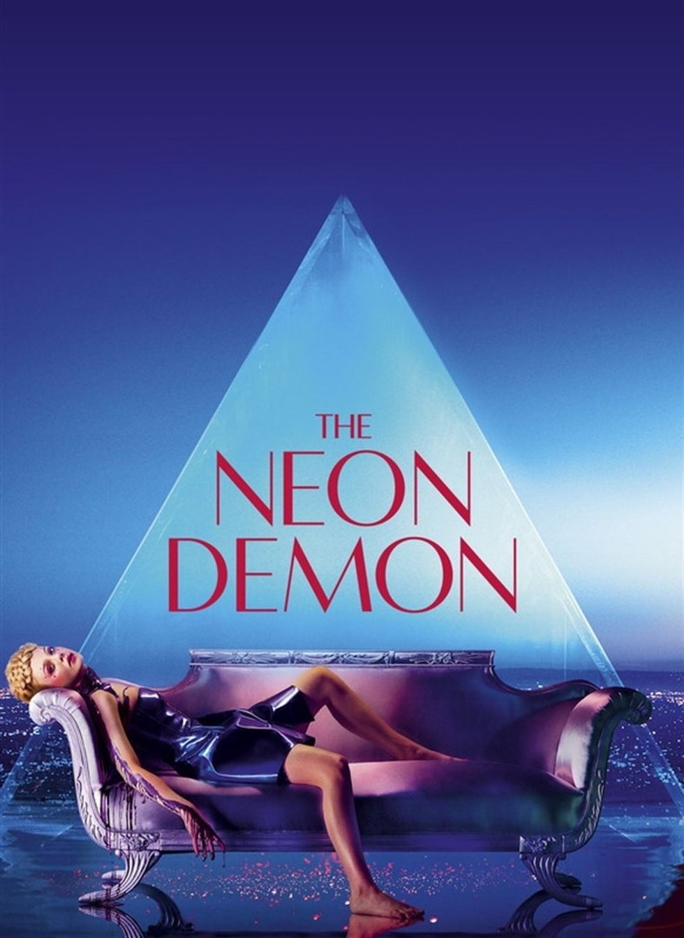 "Nicolas Winding Refn's ""The Neon Demon"" review: ending and symbols explained"