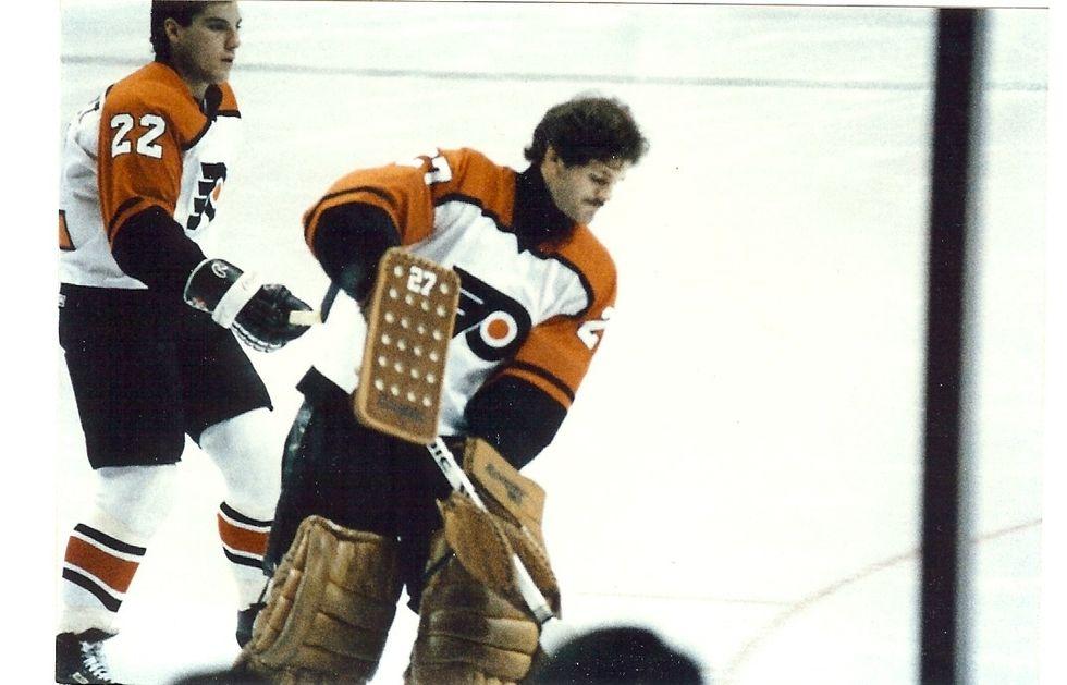 Top 5 Brawls In Flyers/Leafs History