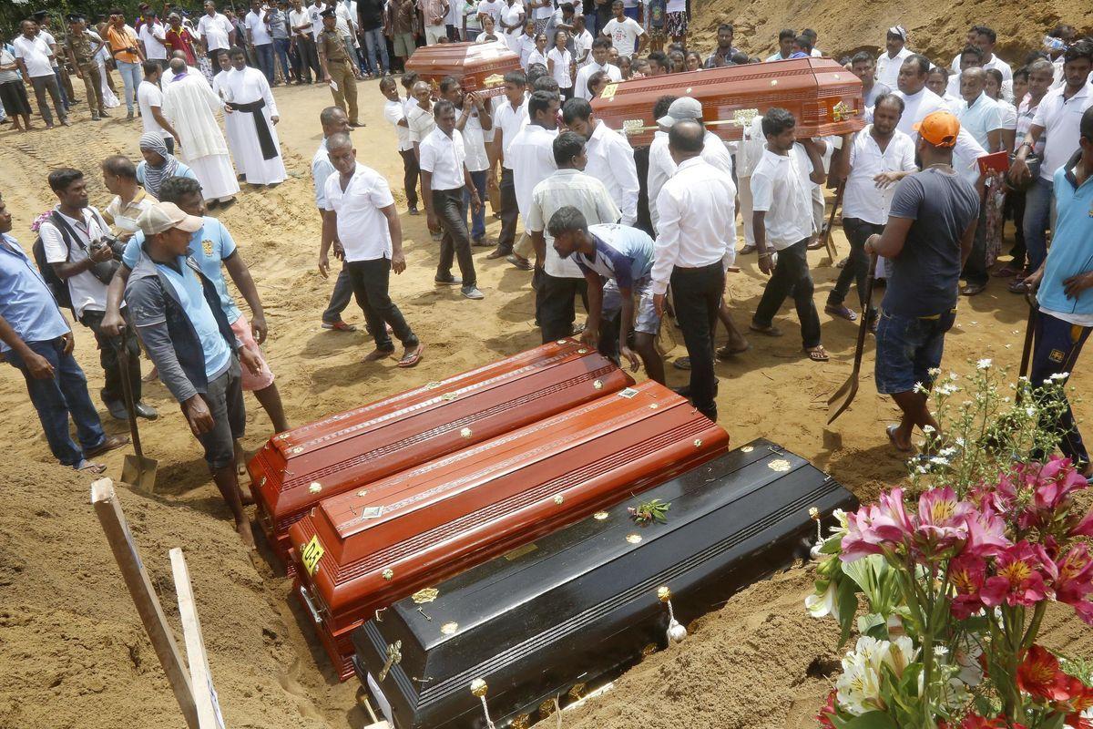 «Colpiranno ancora». Gli 007 in Sri Lanka sprangano le chiese per il rischio stragi