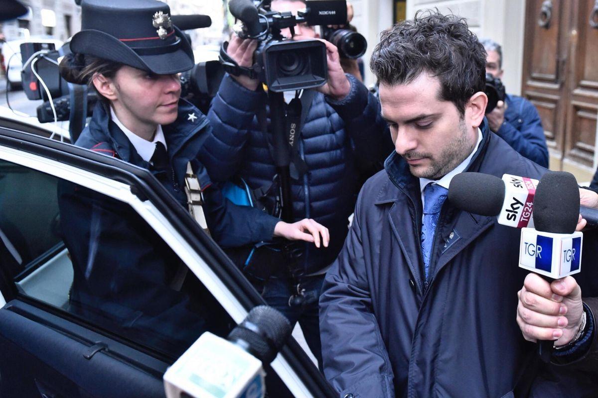 Dolce vita per l'amico di babbo Renzi imputato per Consip