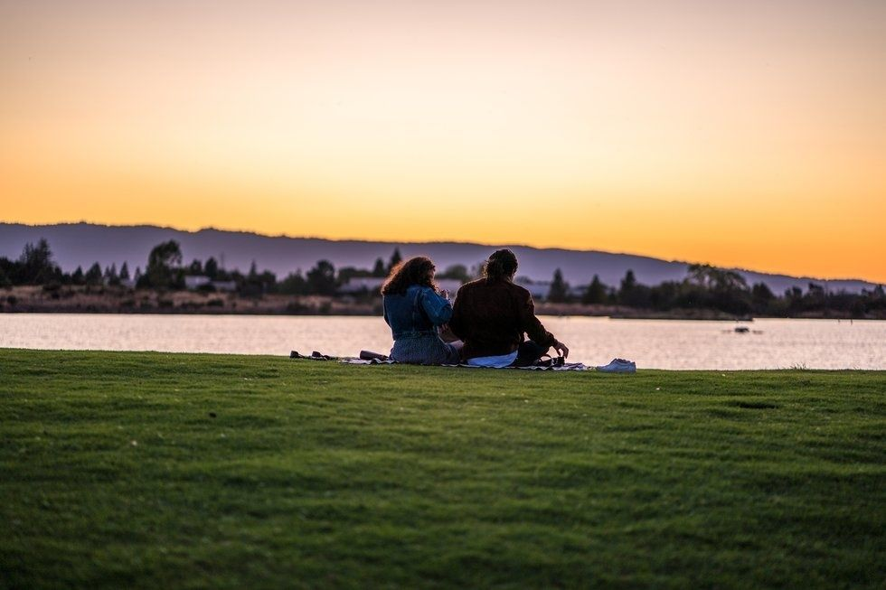 15 Fun, Cheap Outdoor Dates For You And Your Significant Other