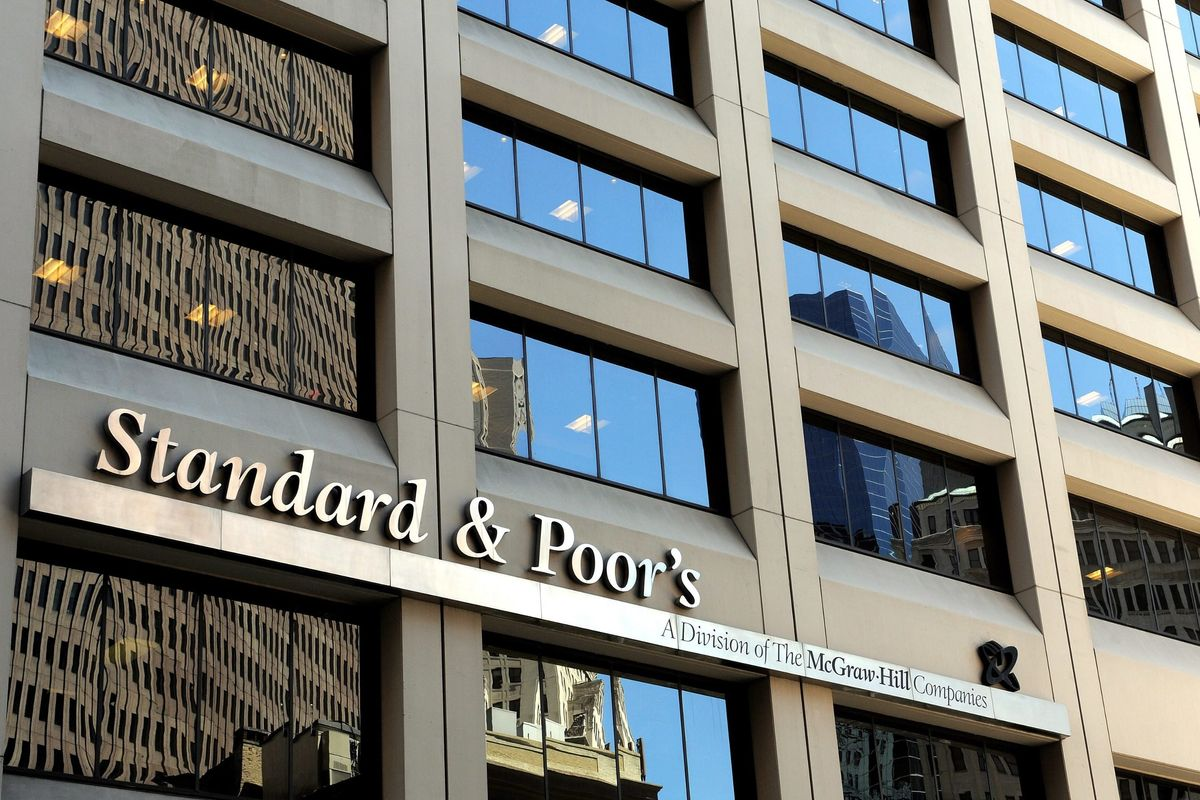 Standard & Poor's delude i competenti: rating intonso