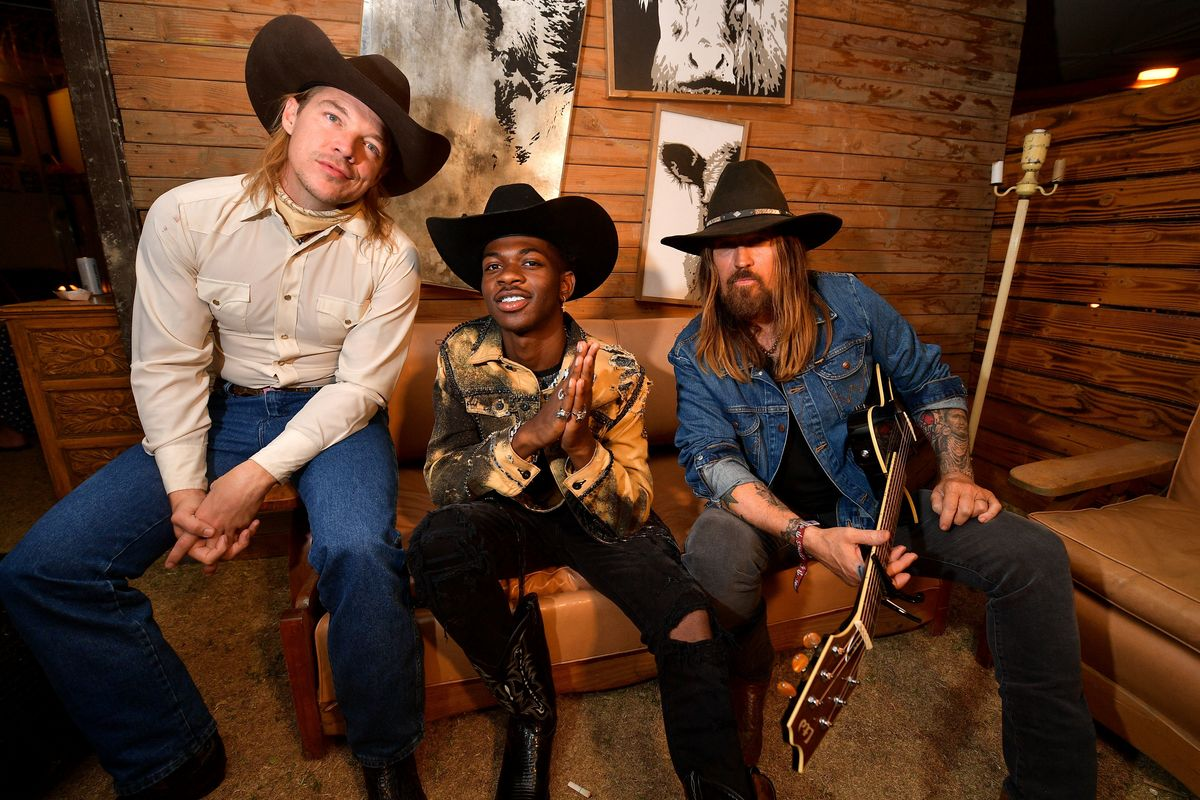 Watch Lil Nas X, Diplo and Billy Ray Cyrus' Live Debut of 'Old Town Road'