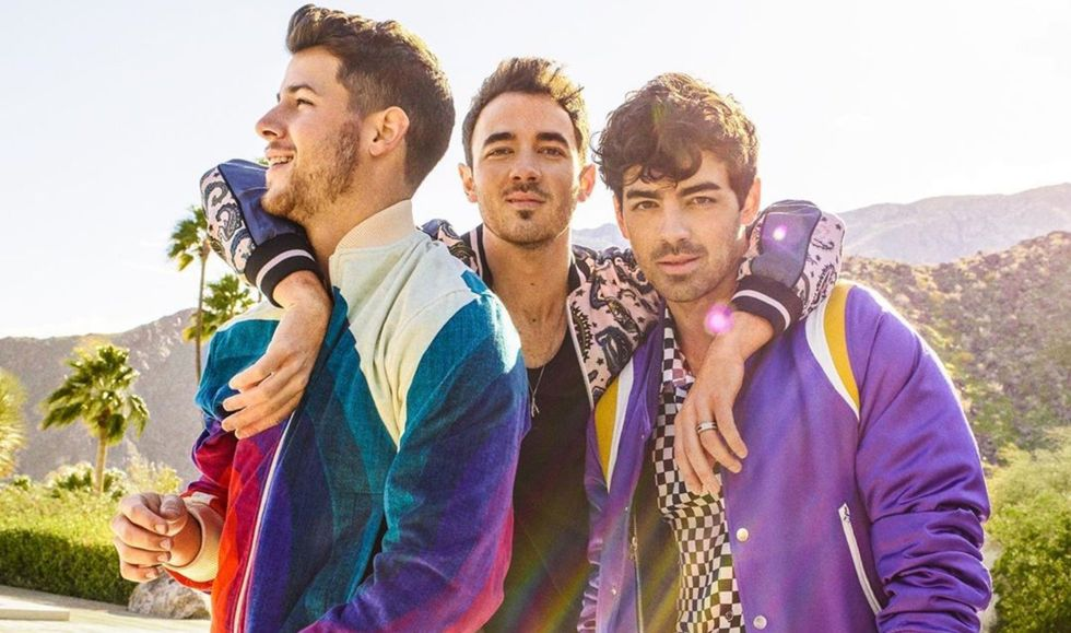 10 Jonas Brother Songs That Complete The Perfect 2008 Nostalgia Playlist