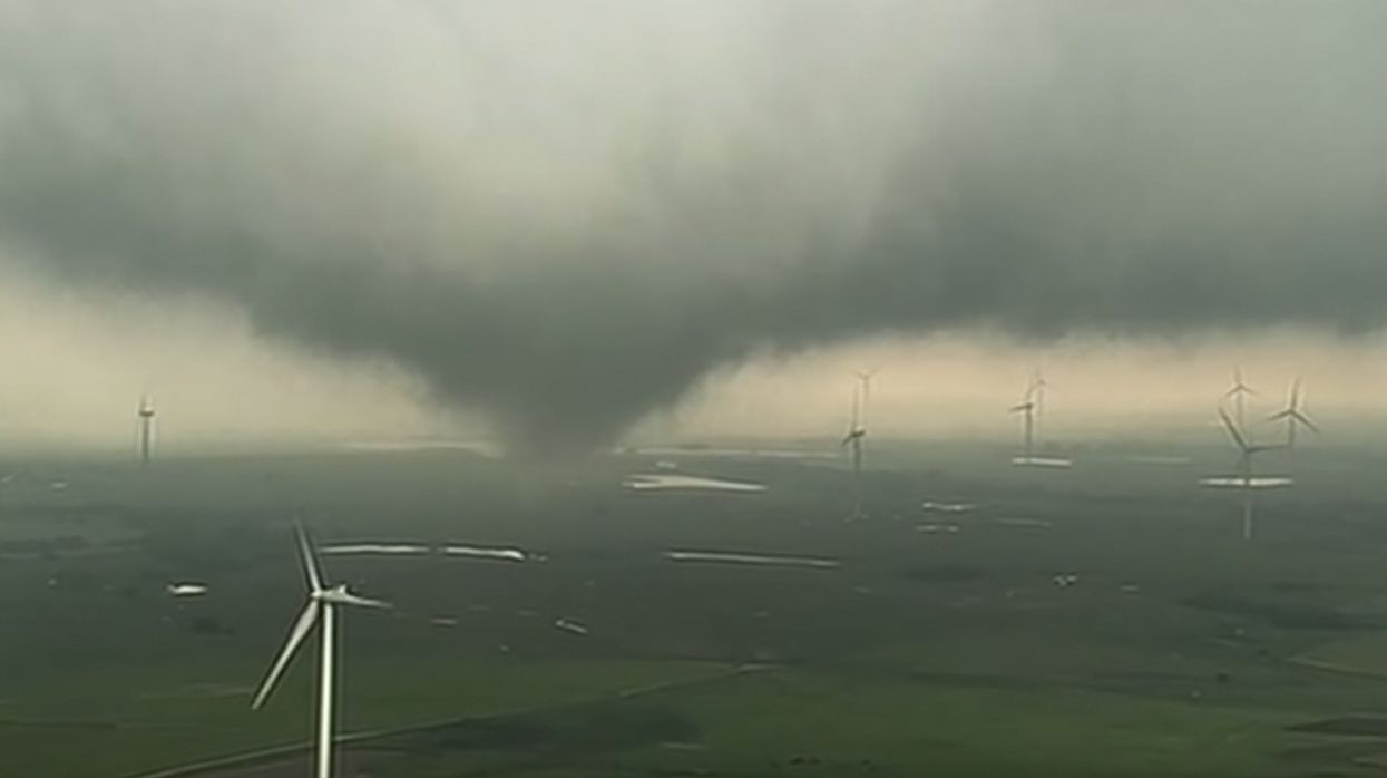 18 Tornadoes Reported in 5 States Monday