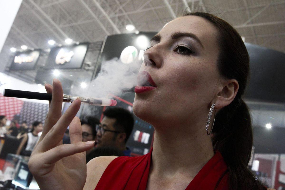 La Lega abbraccia la battaglia del vaping: eCig diverse dal tabacco