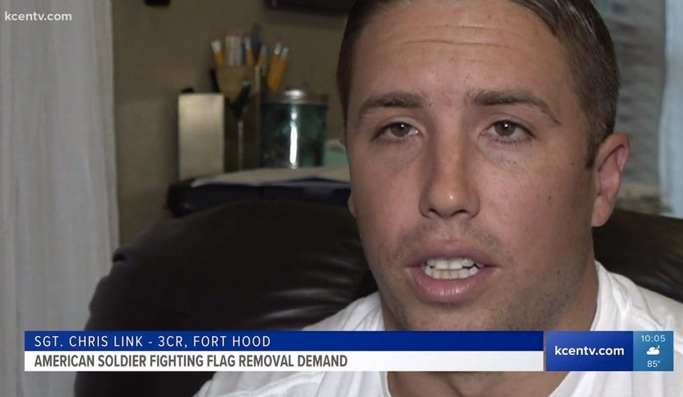 Fort Hood soldier ordered to remove American flag from