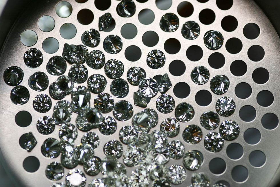 Challenging the Value: Natural vs Lab-Created Diamonds