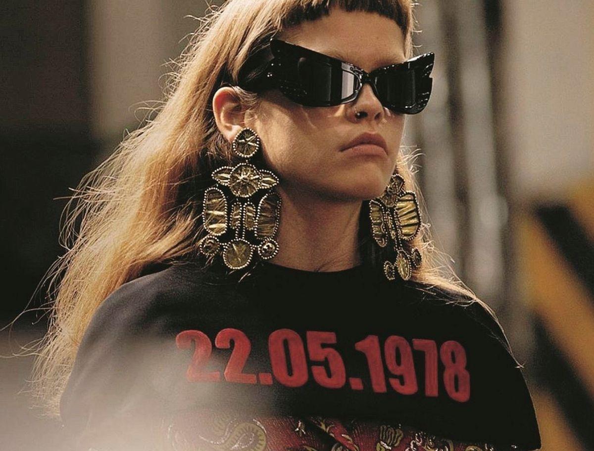 Gucci manda in passerella gli abiti pro aborto