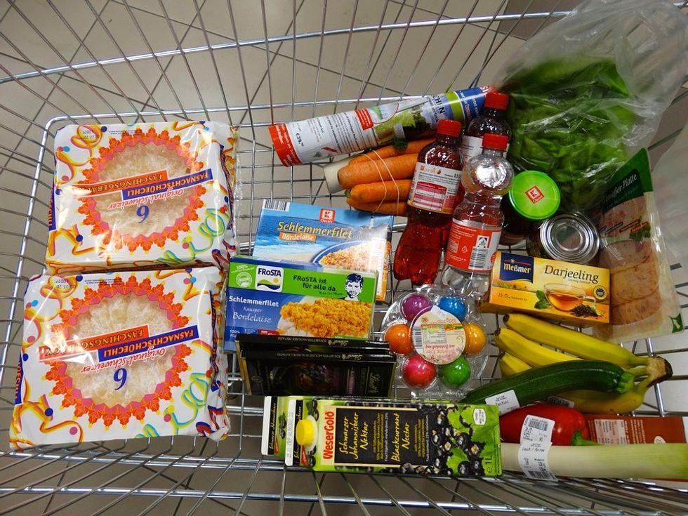 4 Reasons You Need To Grocery Shop Twice A Week