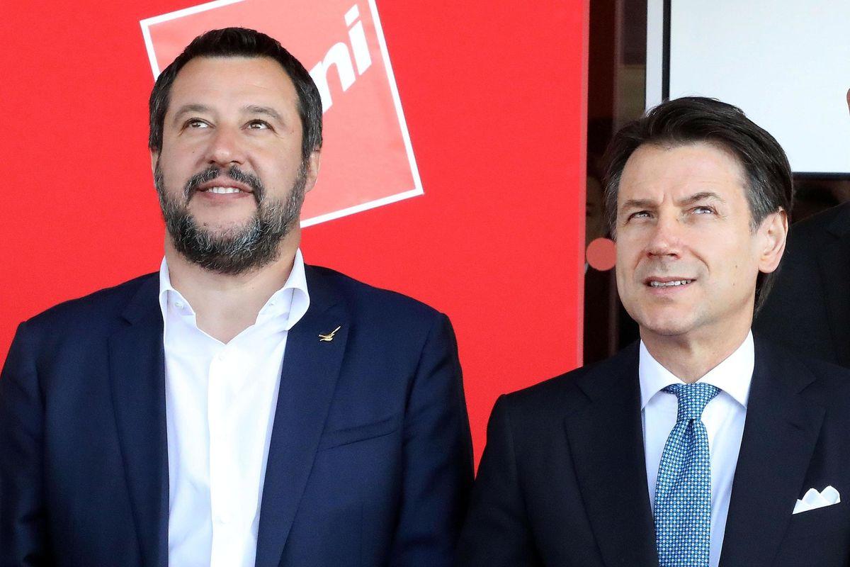 Più Conte traccheggia, più Salvini lo provoca