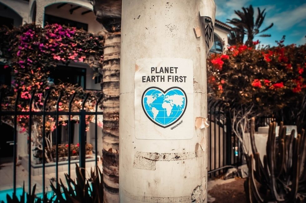 5 Simple Ways To Start Helping The Earth Today