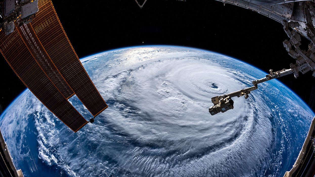 Hurricane Season 2019: Global Warming, Forecasts and Probabilities