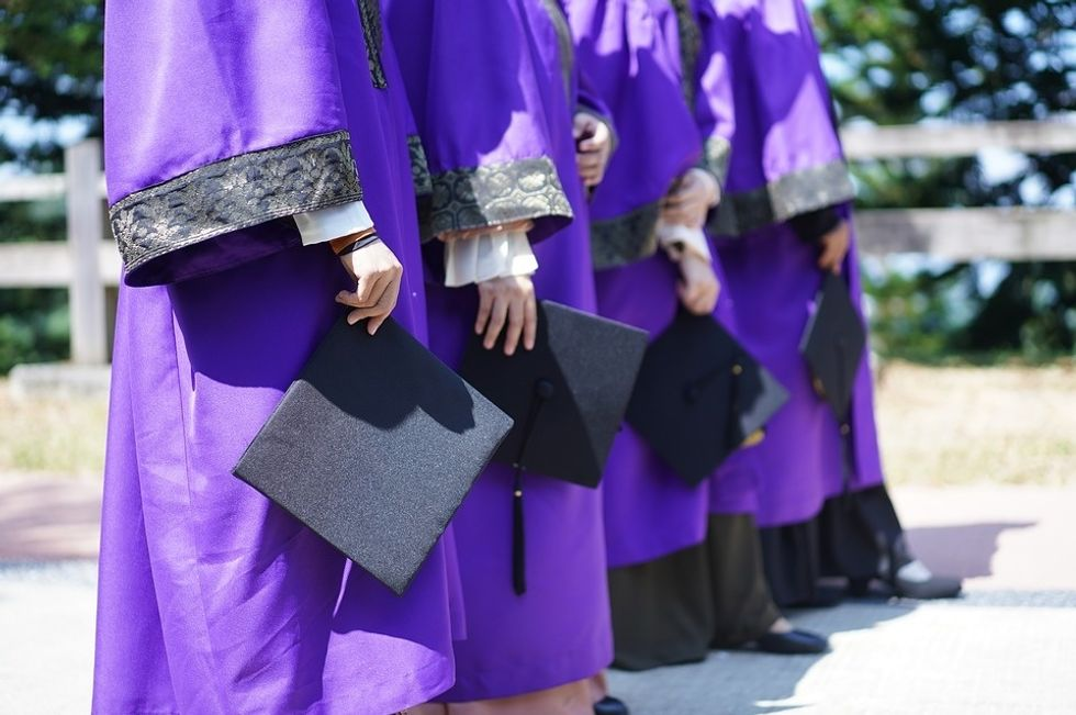 https://www.maxpixel.net/Mortar-Board-Convocation-Graduation-Degree-Diploma-4119260