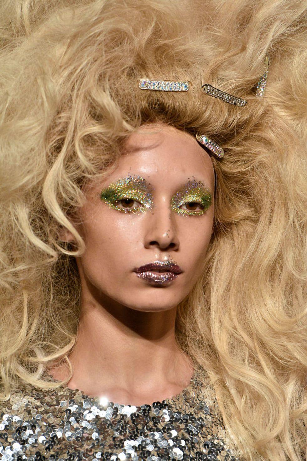 tendencias-beauty-otono-lucir-ya purpurina