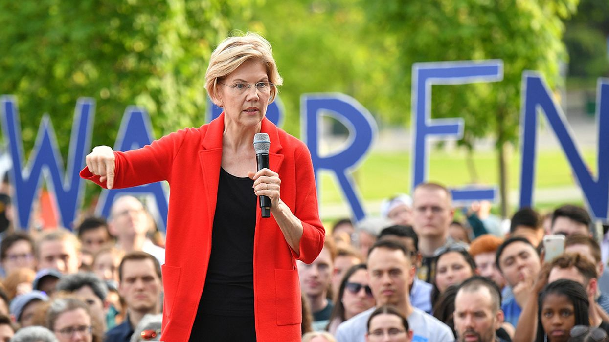 Warren's New $2 Trillion Green Manufacturing Plan Welcomed as 'Win-Win' for Climate and Workers