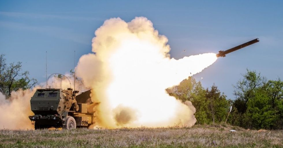 army-hypersonic-missiles-laser-weapons
