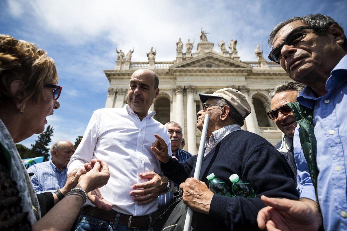 Zingaretti consacra il Pd all'ideologia gay