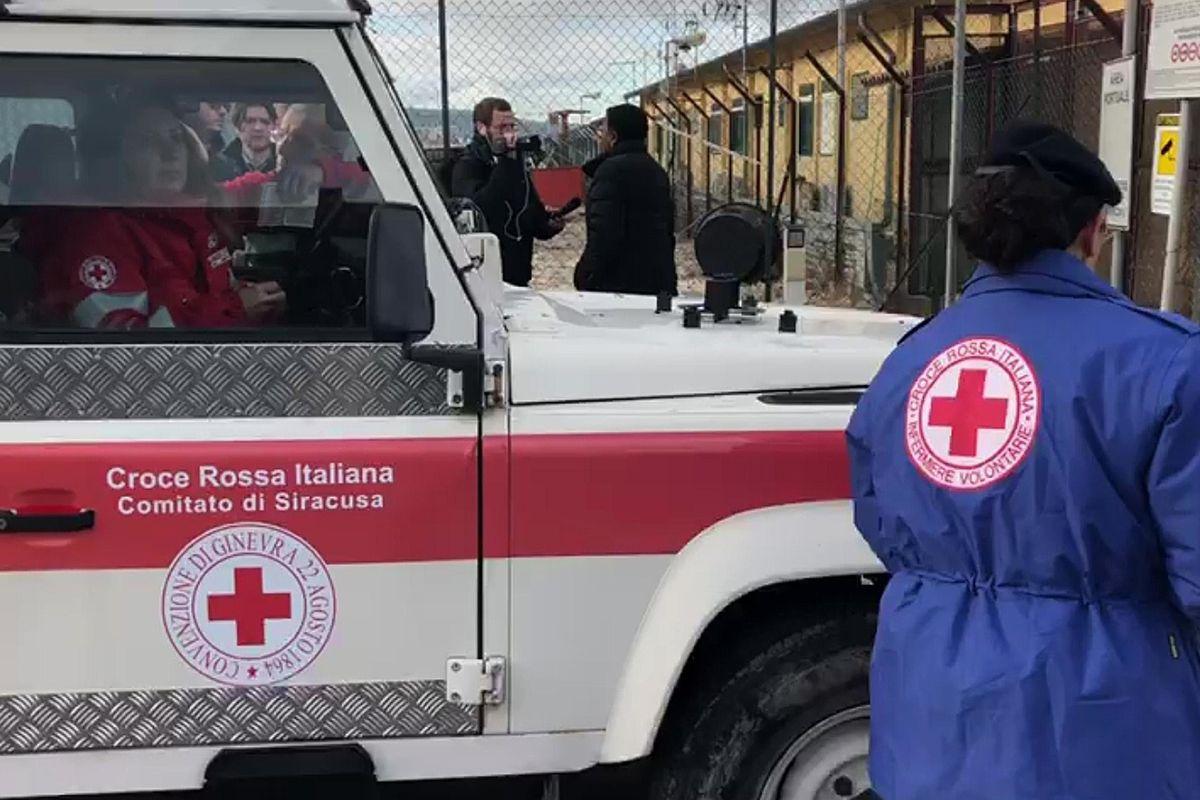 Hanno sparato sulla Croce rossa