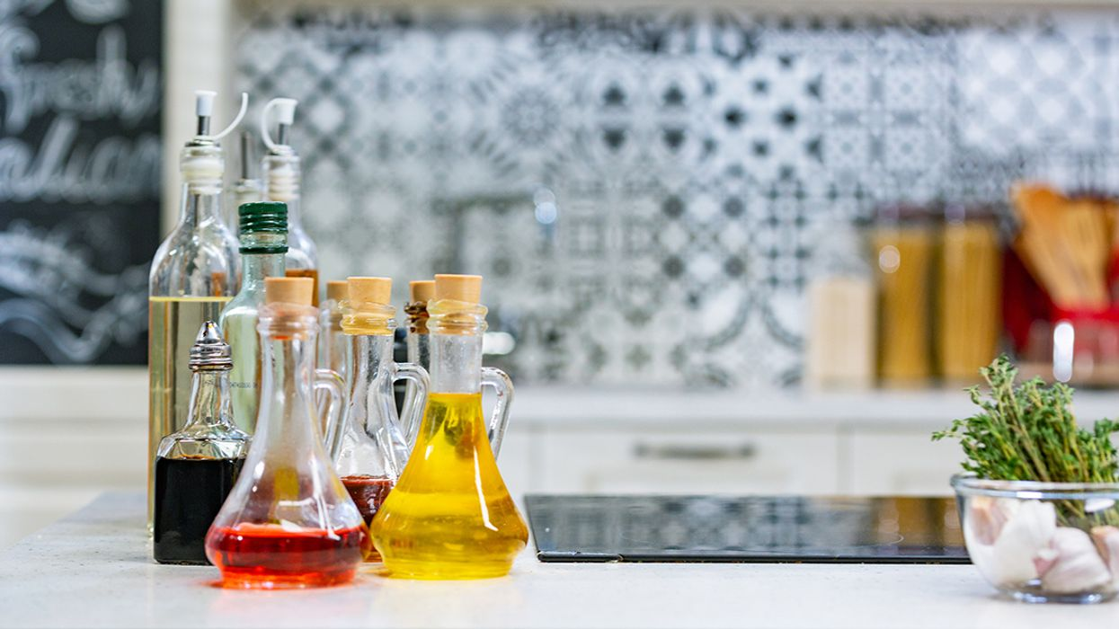 6 Surprising Benefits of Red Wine Vinegar