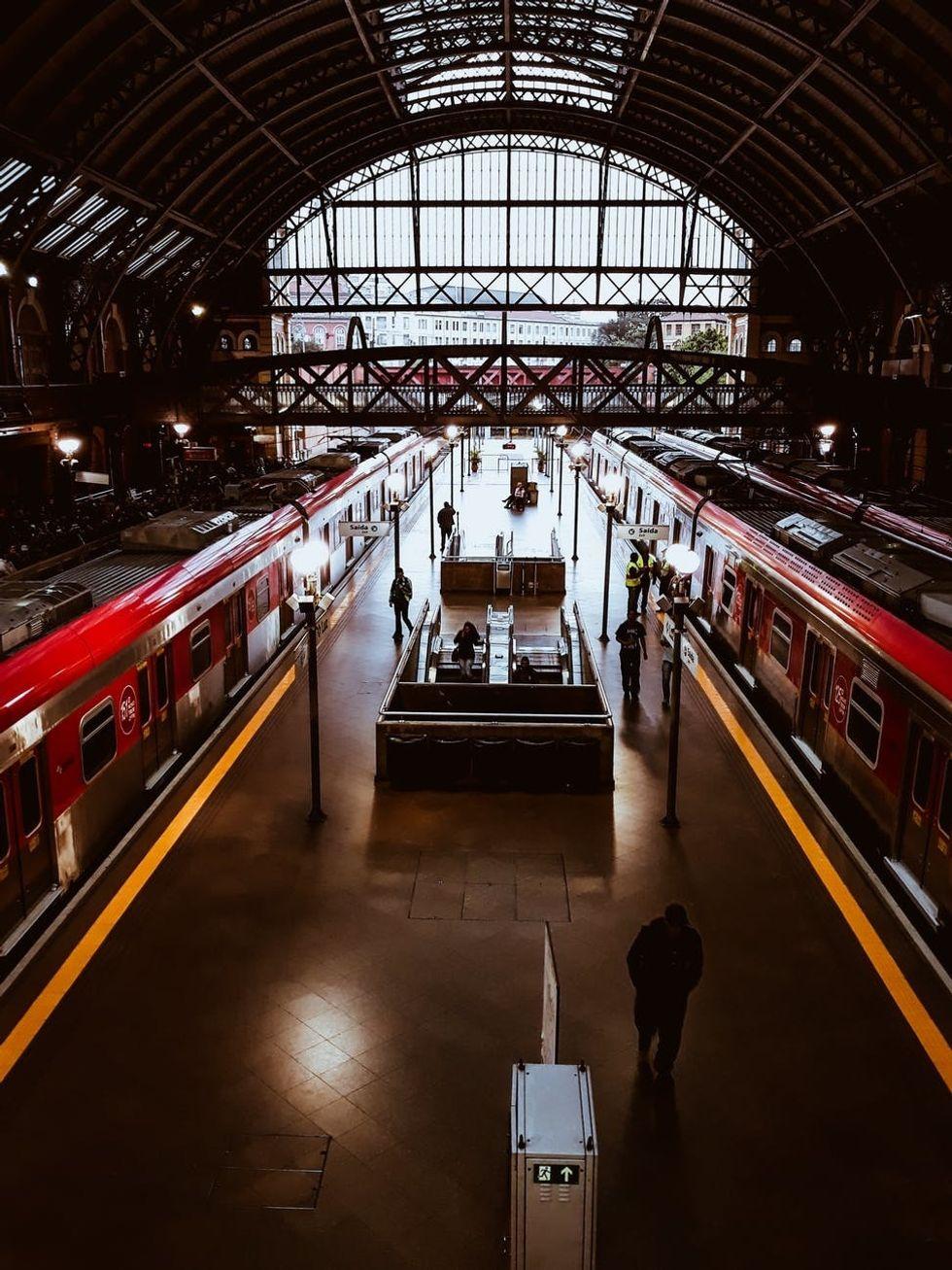 https://www.pexels.com/photo/photo-of-train-station-1824169/