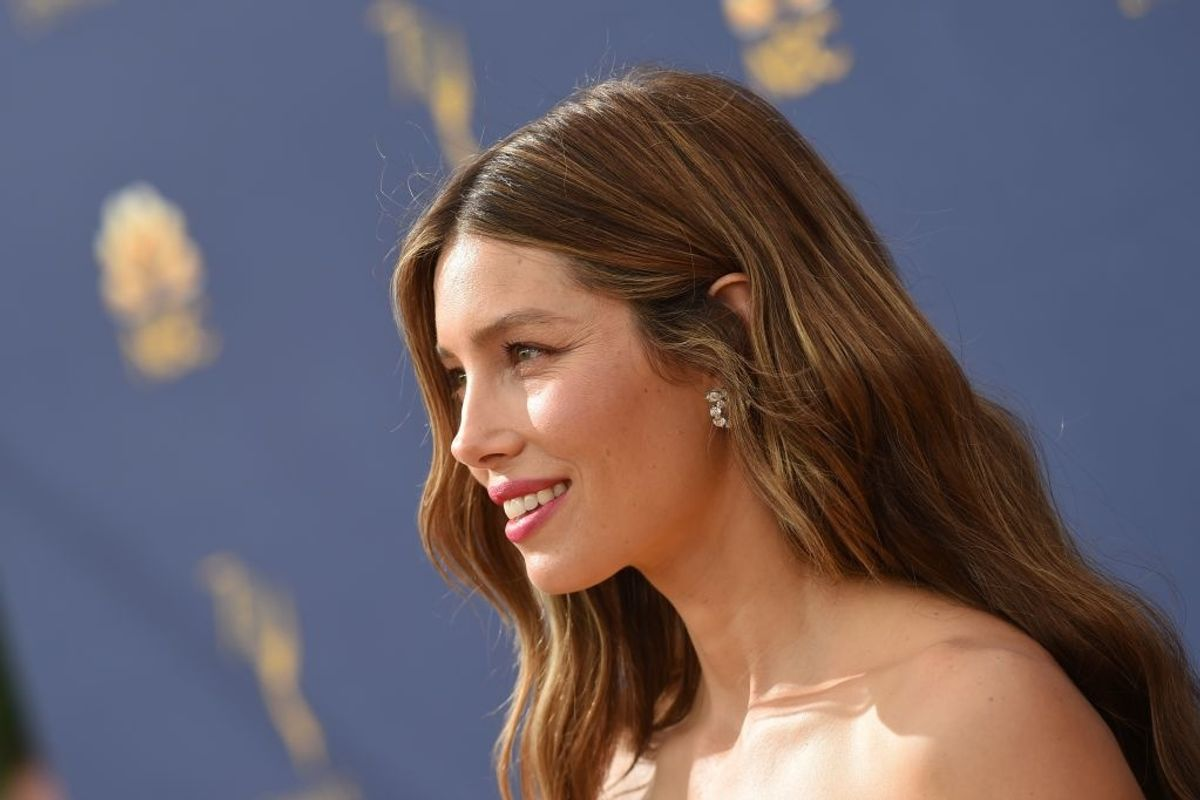 Jessica Biel is getting dragged back to 7th Heaven after standing up for anti-vaxxers.