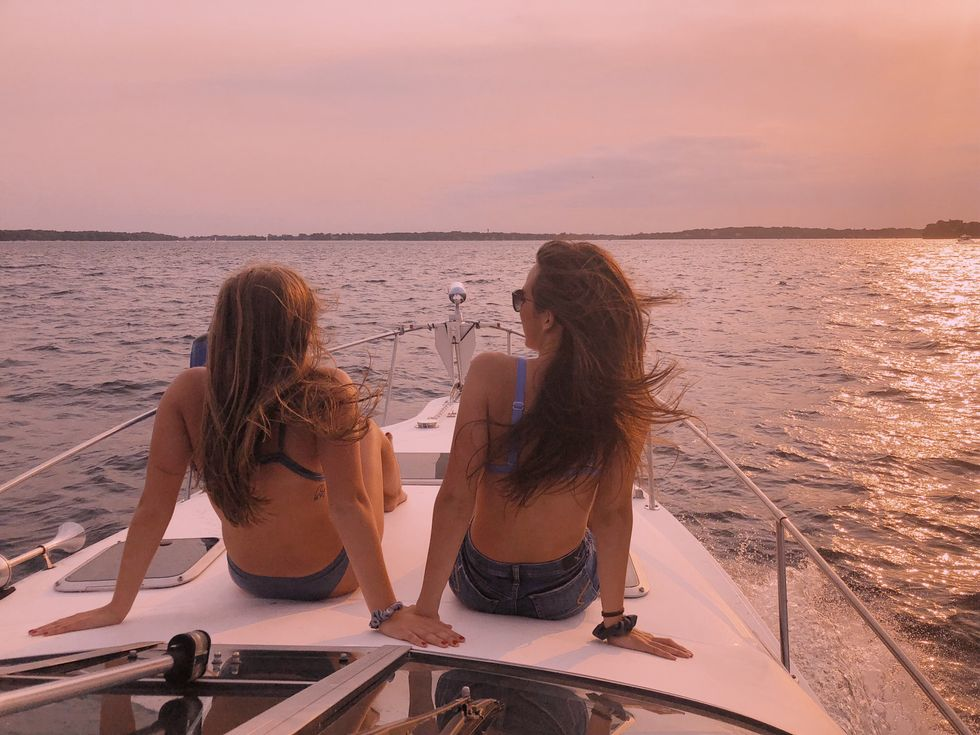 11 Country Jams For Summer Boat Days