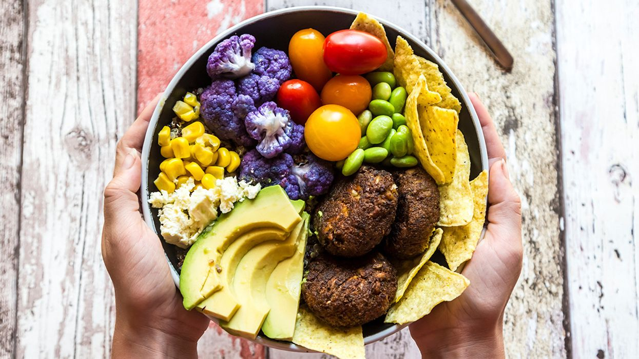 7 Reasons Your Family May Want to Become Vegetarian