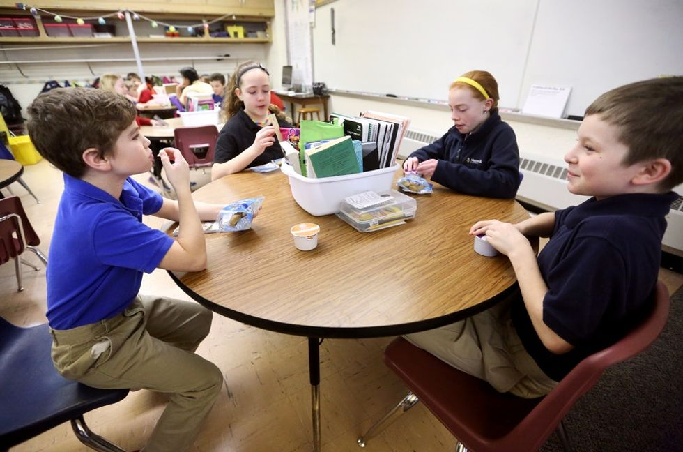 After a story about a boy bringing lunch for his classmate went viral, Reddit responded.