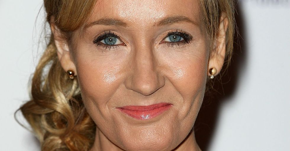 J.K. Rowling responds perfectly to girl who gets teased for wanting to write.
