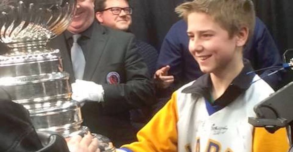 Hockey's youngest commentator covers games for one special fan: his blind dad.