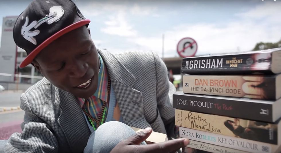 How a guy known as 'Pavement Bookworm' sold his knowledge to turn his life around