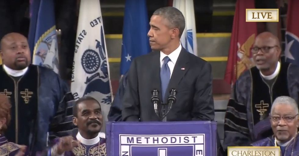President Obama sings 'Amazing Grace' to honor the lives of the  victims lost in South Carolina.