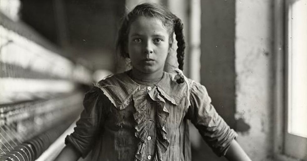 9 eye-opening images of immigrants and child labor in the early 1900s.